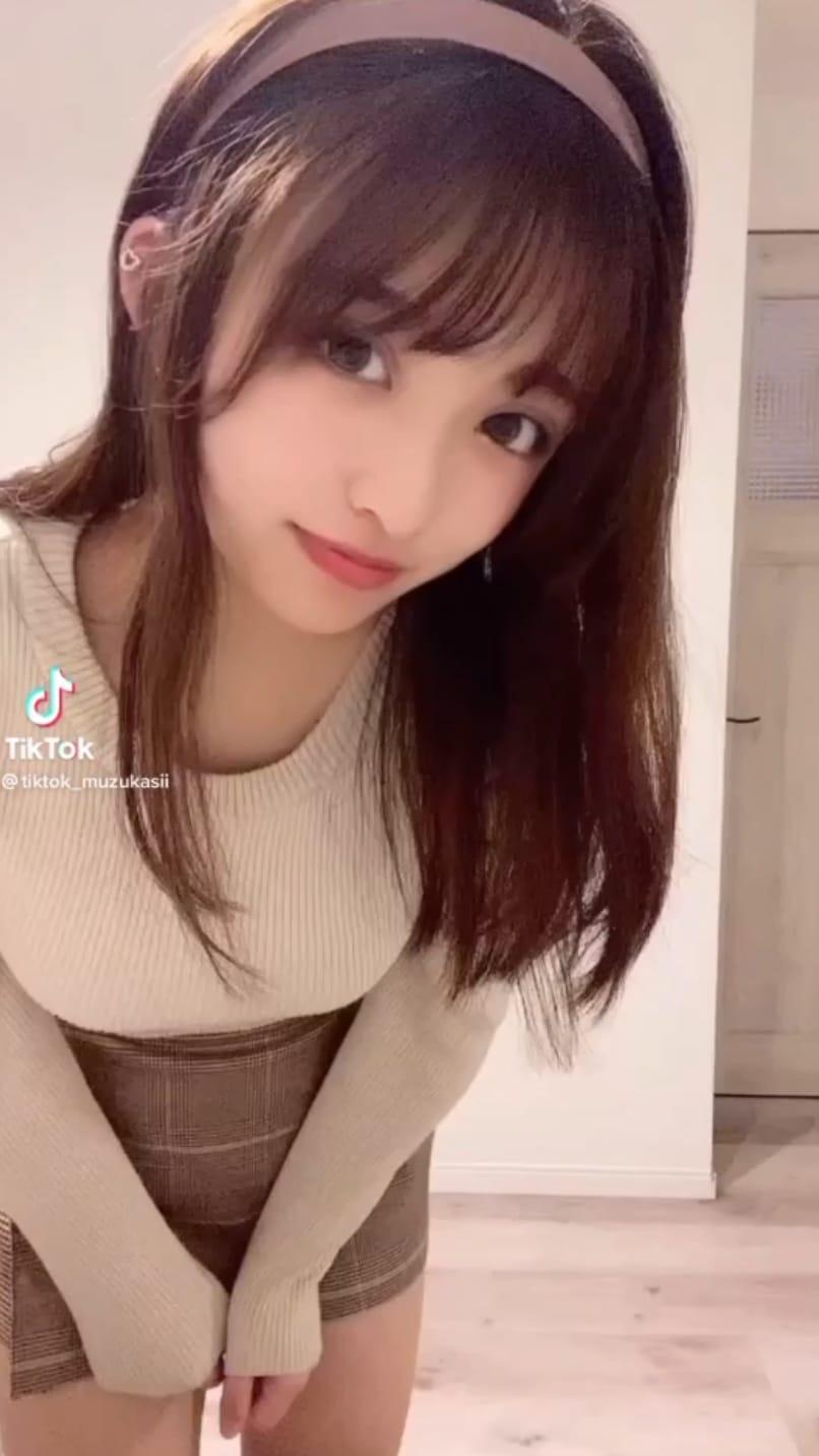 26分 TikTok 可愛い女の子たち総集編 その4( 約100組 )